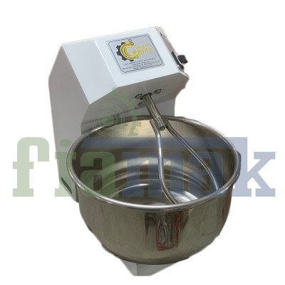 Fiamak 10 Kg Un 13 Kg Hamur Yoğurma Makinesi